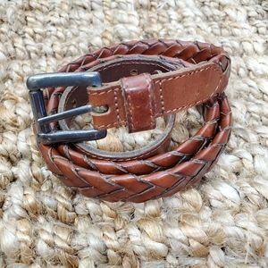 GAP Sz 32 Genuine Leather Braided Belt